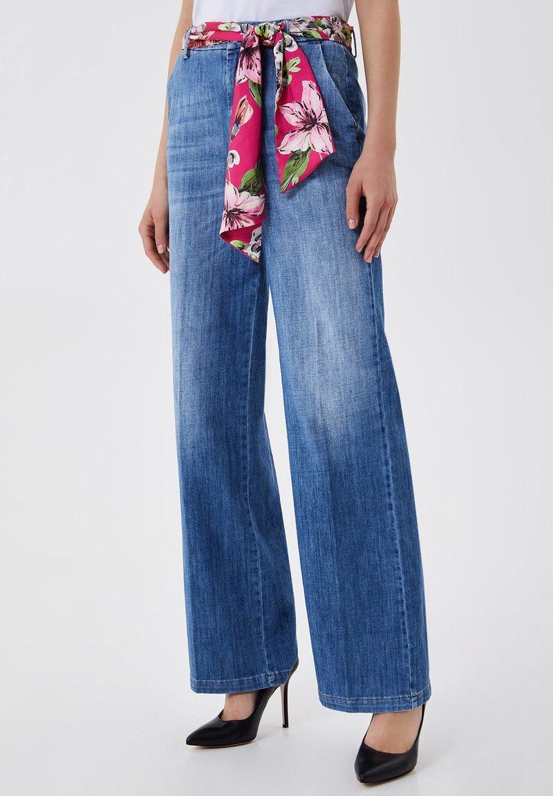 LIU JO - PALAZZO - Flared Jeans - blue denim