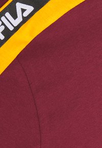 Fila Tall - TANDY TEE - Print T-shirt - tawny port/orange popsicle - 2