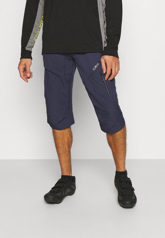 MAN FREE BIKE BERMUDA WITH INNER UNDERWEAR - Korte broeken - black/blue
