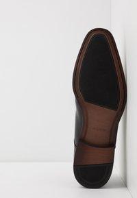 ALDO - PROVEN - Elegantní šněrovací boty - black - 4