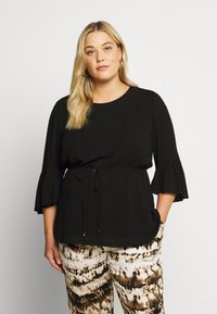 Forever New Curve - TAMMY FRILL SLEEVE CURVE BLOUSE - Pusero - black - 0