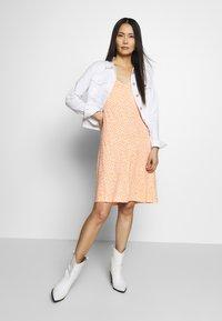 TOM TAILOR - DRESS - Jersey dress - coral - 1