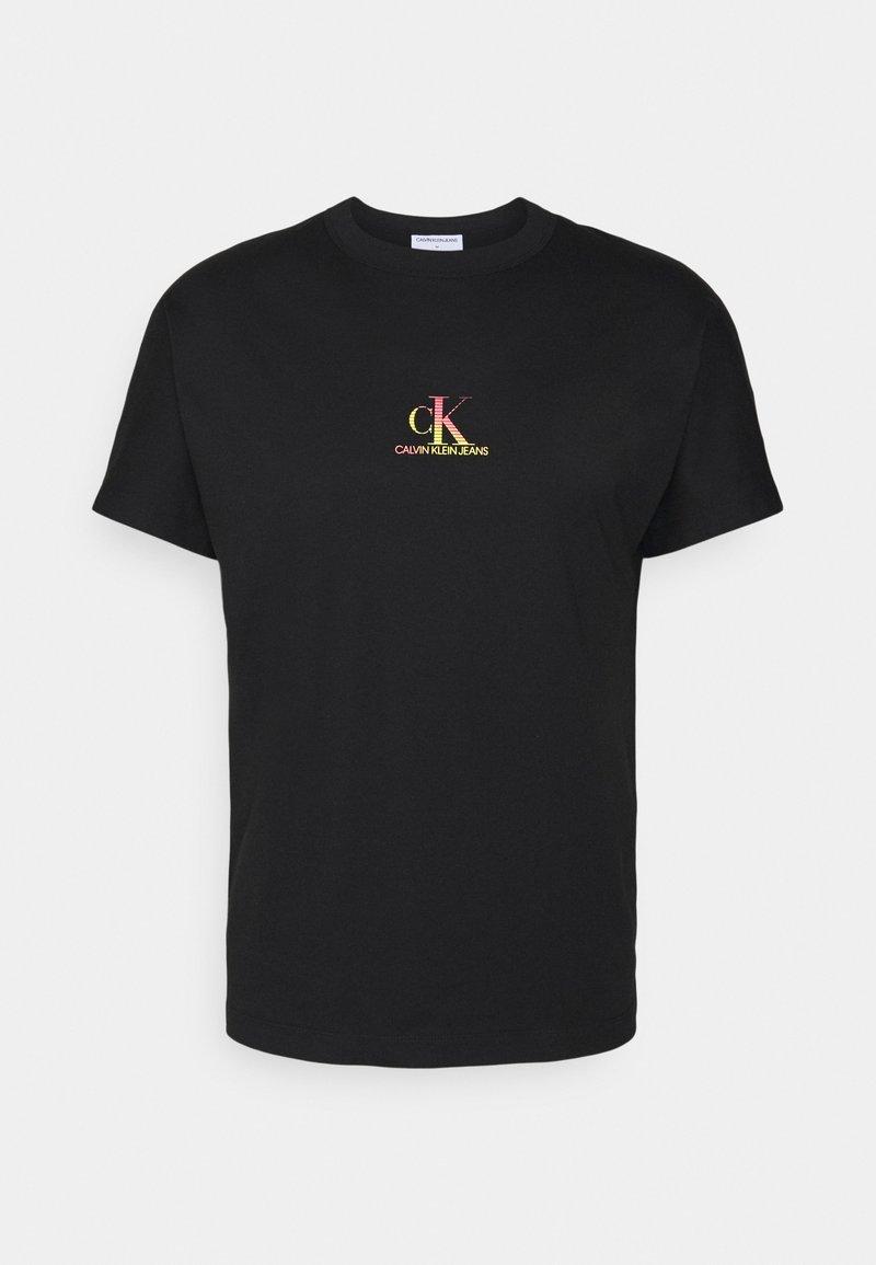Calvin Klein Jeans - GRADIENT BACK LOGO TEE UNISEX - T-shirt con stampa - black