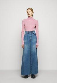 MM6 Maison Margiela - Long sleeved top - pink - 1