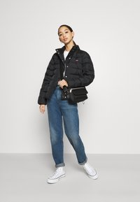 Levi's® - CORE PUFFER - Down jacket - caviar - 1