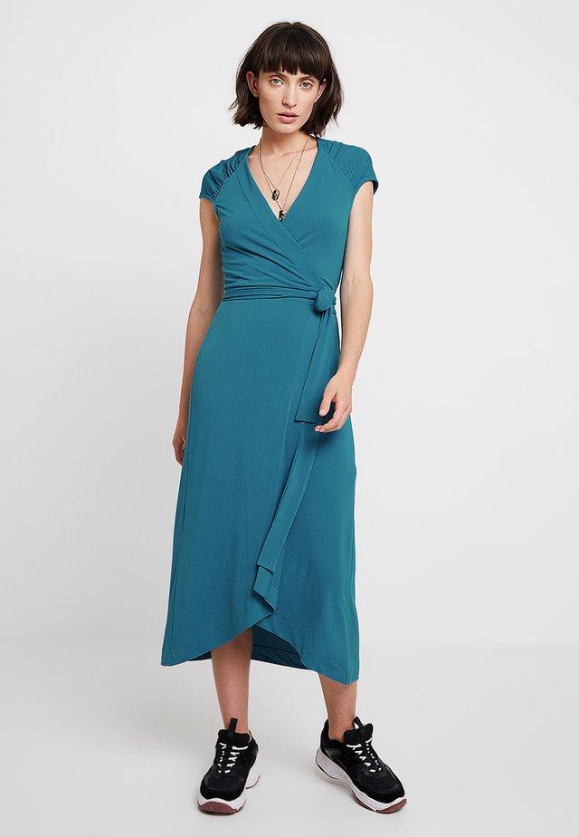 PANIA WRAP DRESS - Długa sukienka - petrol blue