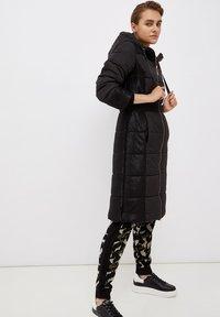Liu Jo Jeans - LONG HOODED - Winter coat - black - 3