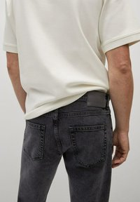 Mango - Jeans Tapered Fit - black denim - 5
