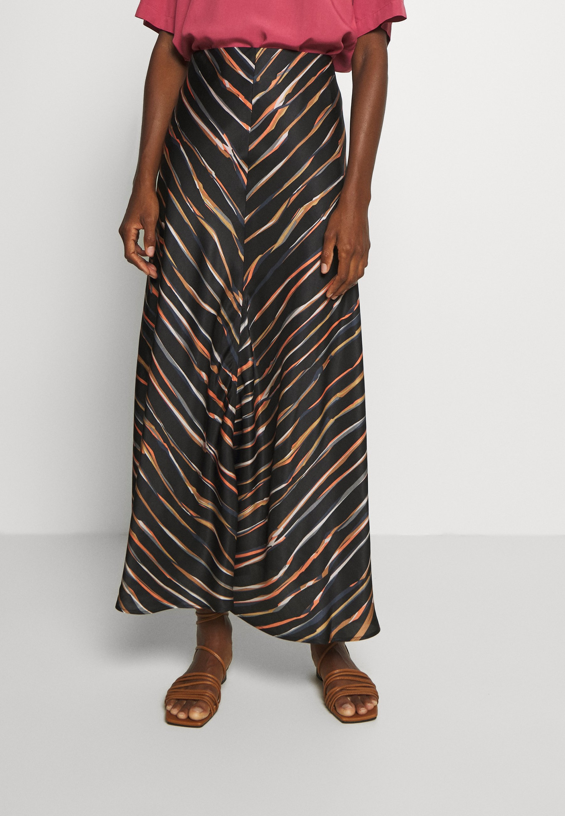 Top-Rated Women's Clothing Marc O'Polo PURE SKIRT LENGHT SLIT Maxi skirt multi/black 9B2HAl02E