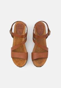 Grand Step Shoes - JILL - Platform sandals - whisky - 5