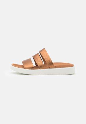 FLOWT - Pantofle - bronze
