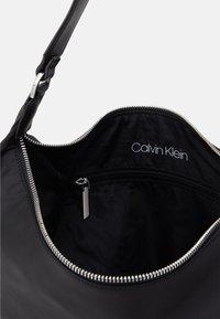Calvin Klein - HOBO - Håndveske - black - 2