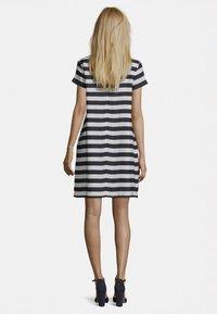 Betty Barclay - Day dress - dunkelblau/weiß - 1