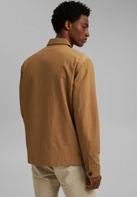 Esprit - SAFARI - Summer jacket - camel - 2