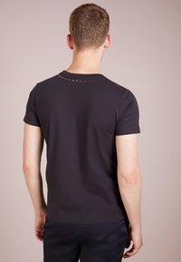 Coach - REXY AND CARRIAGE  - Print T-shirt - black - 2