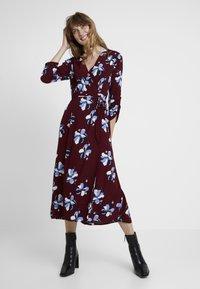 Great Plains London - ROCHELLE FLOWER - Day dress - cabernet combo - 2