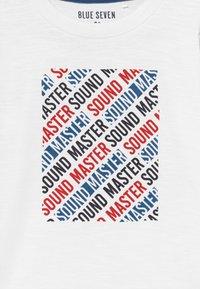 Blue Seven - KIDS SOUND MASTER - Long sleeved top - white - 3