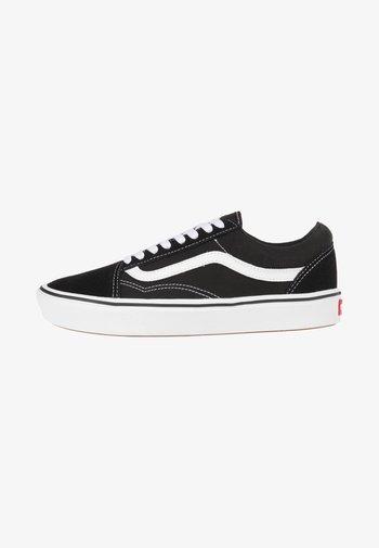 UA COMFYCUSH OLD SKOOL - Sneakers basse - black