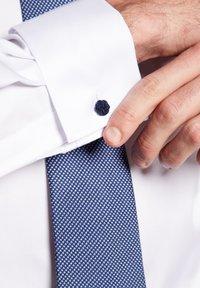 Eterna - COMFORT FIT - Formal shirt - white - 2