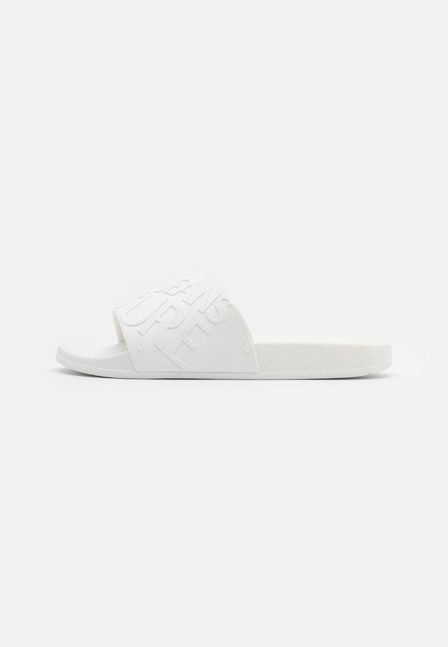 Sandály do bazénu - bianco