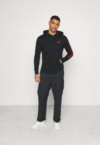 Hollister Co. - SNIT HOOD  - Long sleeved top - black - 1