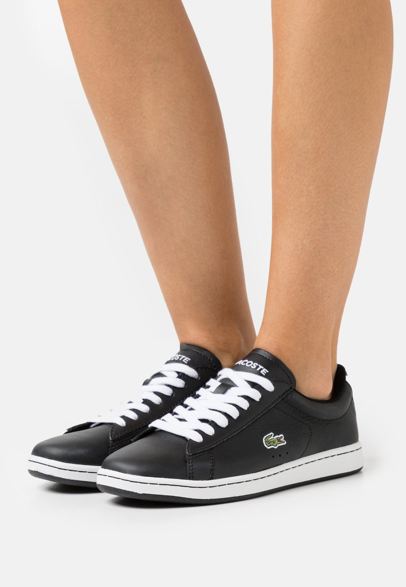 Lacoste - CARNABY EVO - Baskets basses - black/white