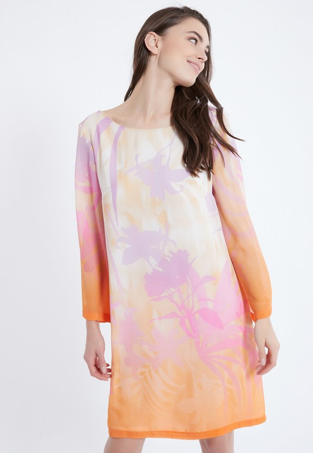 Korte jurk - light pink/orange/white