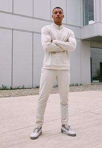 adidas Golf - CROSS PANT - Broek - alumina - 1