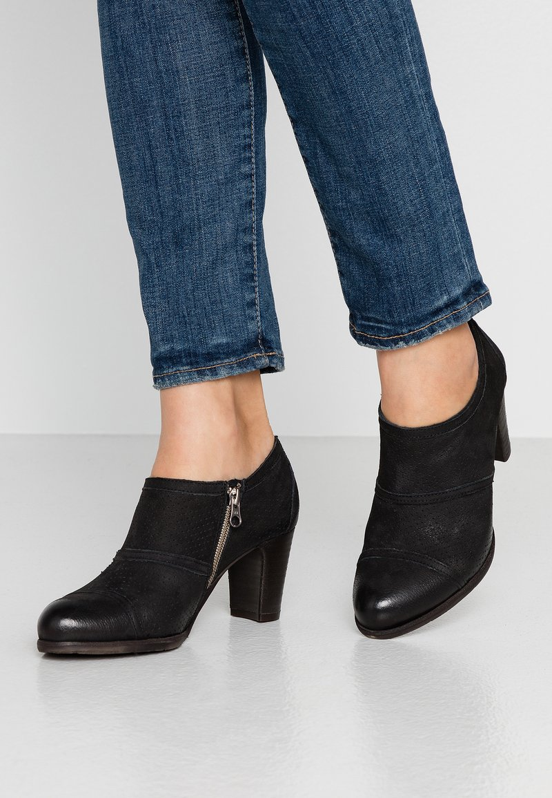 Felmini - WANDA - Ankle boots - pacific/black