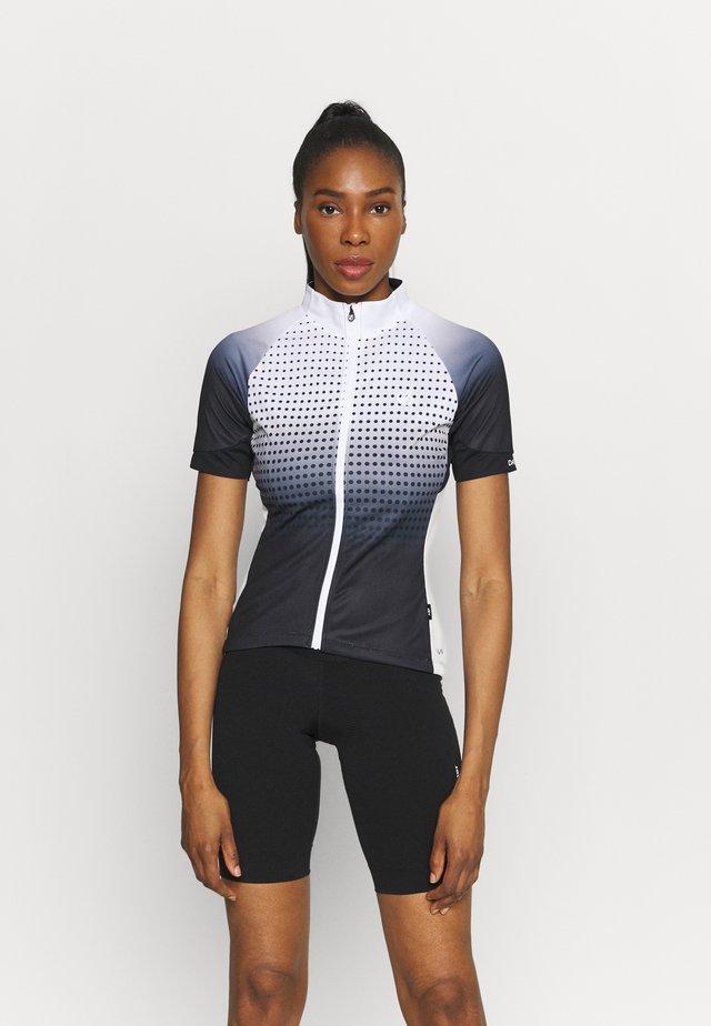 PROPELL  - T-shirts print - black gradient