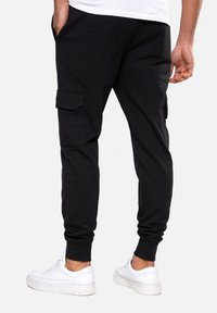Threadbare - STEFAN - Tracksuit bottoms - black - 2