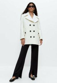 Uterqüe - Short coat - white - 1