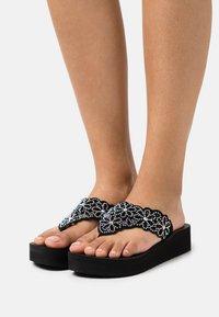 Skechers - VINYASA - T-bar sandals - black - 0