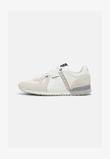 TINKER  - Sneakersy niskie - factiory white