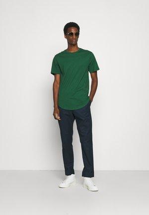ONSMATT LIFE LONGY TEE 7 PACK - Basic T-shirt - castor gray/cas gray/london fog/monks/woodrose/huckle/oil green/dark greenen