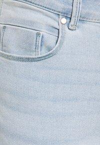 ONLY Petite - ONLDAISY LIFE PUSH UP  - Skinny džíny - light blue denim - 2
