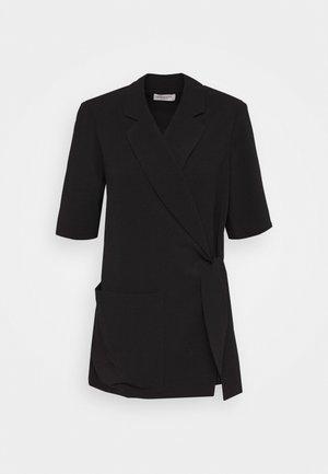 SYLVIA - Krátký kabát - black