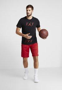 Jordan - ALPHA DRY SHORT - Pantaloncini sportivi - gym red/white - 1