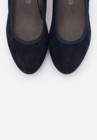 Jana - COURT SHOE - Classic heels - navy - 5