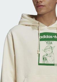 adidas Originals - Jersey con capucha - beige, light green - 3