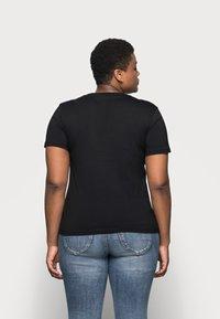 Calvin Klein Jeans Plus - CENSORED TEE - Print T-shirt - black - 2