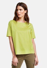 Gerry Weber - Print T-shirt - lime - 0