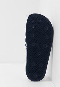 adidas Originals - ADILETTE - Mules - legend ink/footwear white - 5