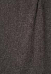 Even&Odd Curvy - 3 PACK - Basic T-shirt - mottled dark grey/white/black/ - 7