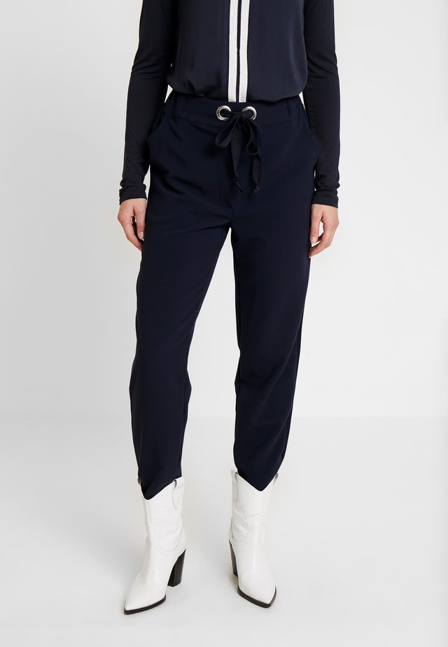 AUSTIN PANT - Trousers - navy