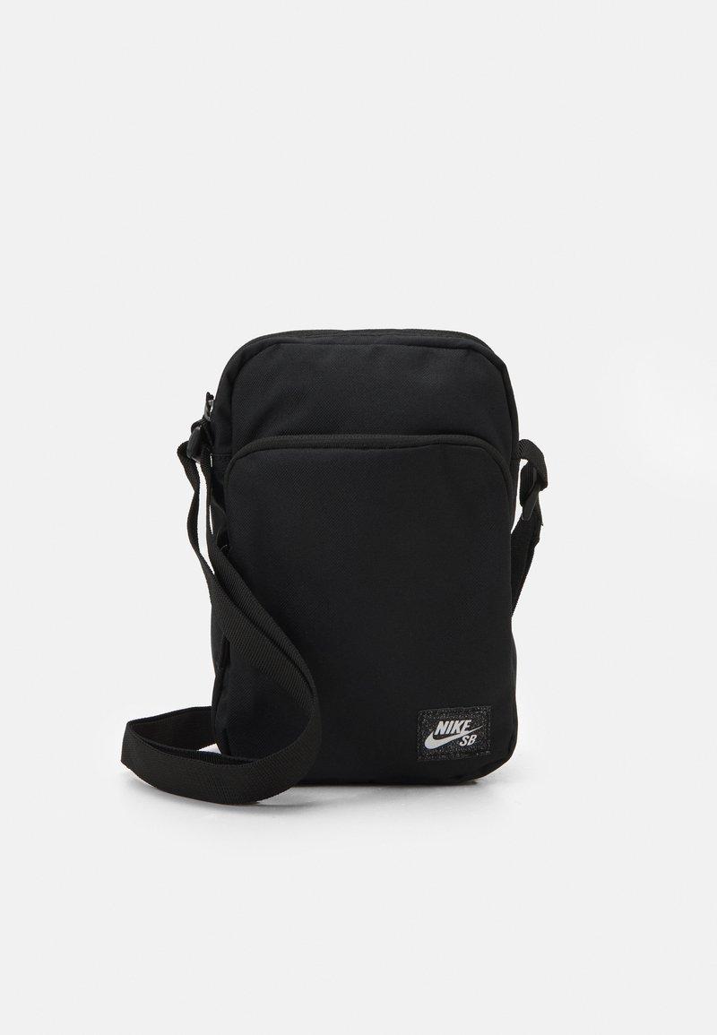 Nike SB - HERITAGE CROSSBODY UNISEX - Across body bag - black/white
