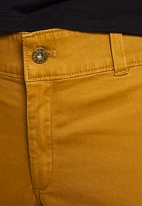 The North Face - MOTION ANKLE  - Trousers - british khaki - 4
