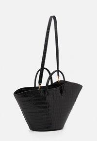 Little Liffner - OPEN TULIP MEDIUM - Handbag - black - 2