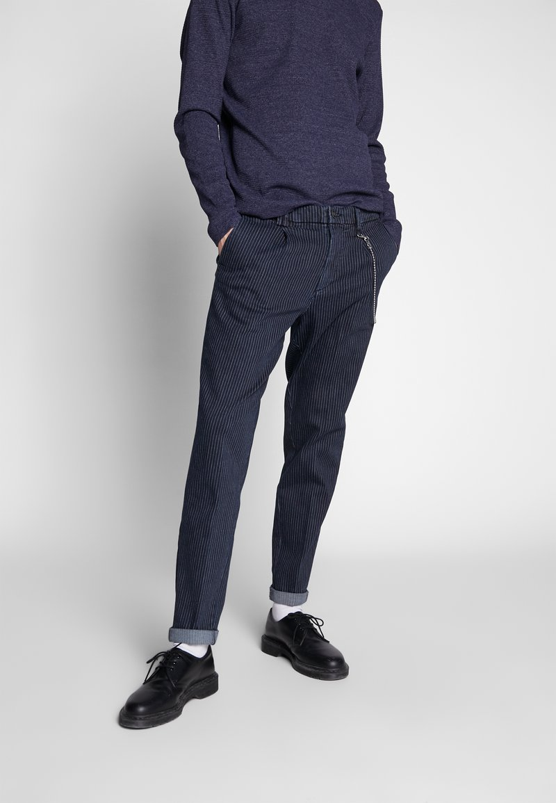 Jack & Jones - JJIACE JJMILTON  - Trousers - dark navy