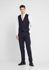 1904 - SCOTT  - Suit waistcoat - navy - 1